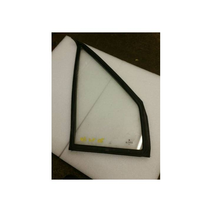 VOLKSWAGEN LT 1997-06 DRIVERS OFFSIDE FRONT QUARTER GLASS+RUBBER