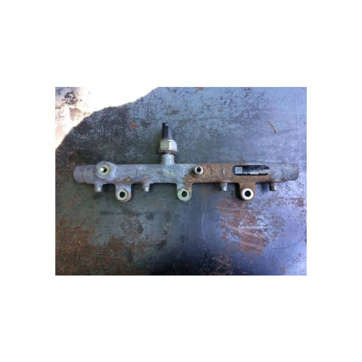 PEUGEOT CITROEN FUEL RAIL 0445214092