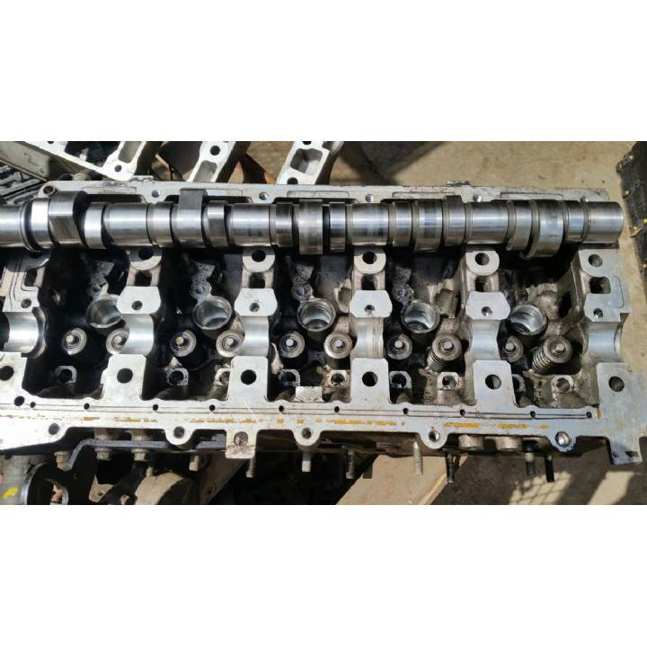 Landrover Discovery TD5 Cylinder Head For Spares or Repair 10p